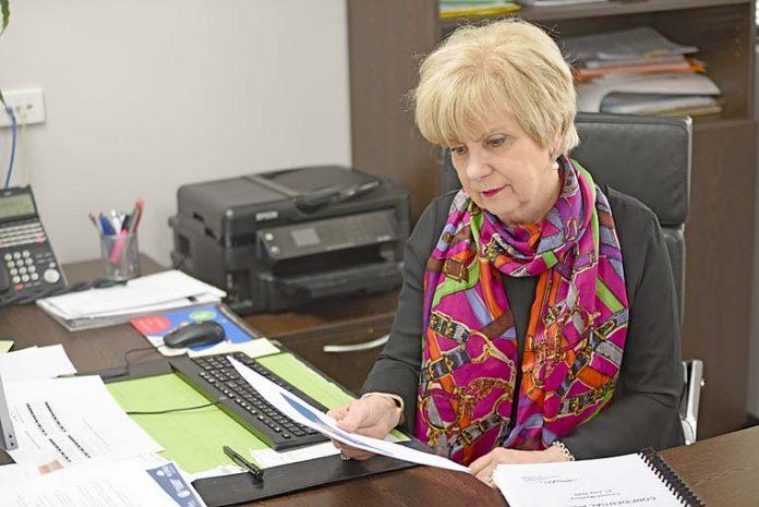 Lynette Martin  TBW Newsgroup
