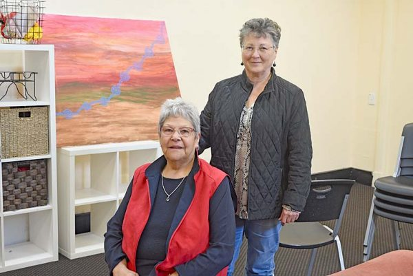 Val Brennan And Michelle Jaquelin Furr TBW Newsgroup